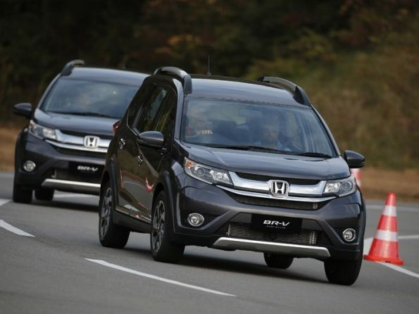 honda-br-v-first-drive-review-zigwheels-27102015-m_720x540_720x540